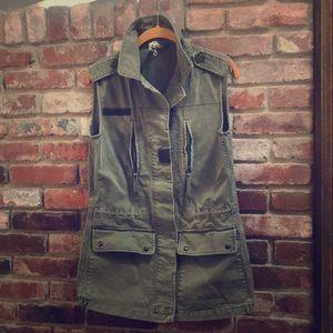Jackets & Blazers - 100% cotton military vest.